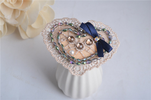 Lace sweet-heart hair clip
