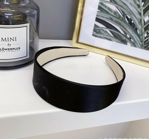4cm-wide glossy satin headband