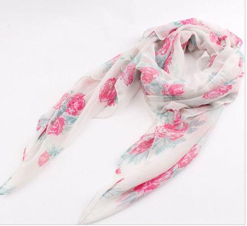 Beautiful roses long scarf