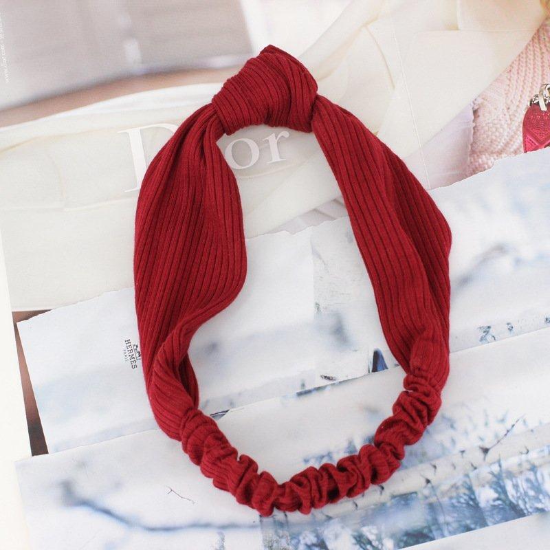 Knotted stretch headband
