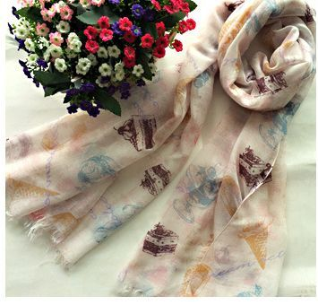 Pretty icon beige white long scarf