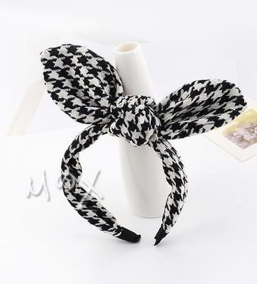 Houndstooth headband with bow