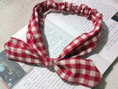 Gingham patterned elastic headband with bow