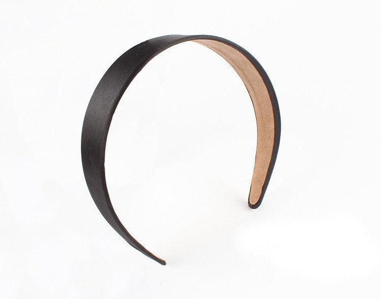 3.8cm-wide satin headband