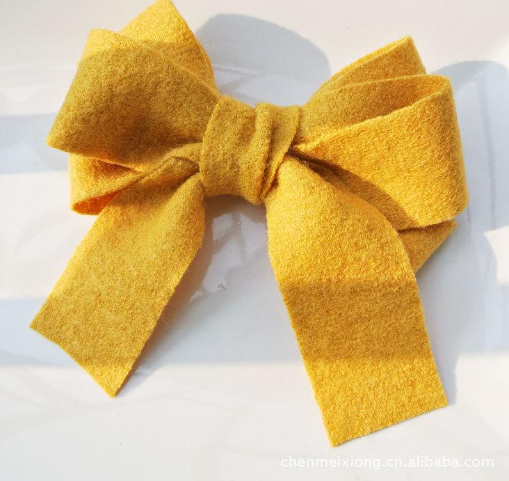 Soft woolen large bow barrette