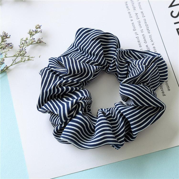 Slim strips scrunchies