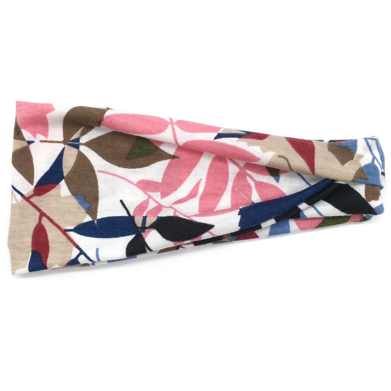 Sporty floral bandanna headband