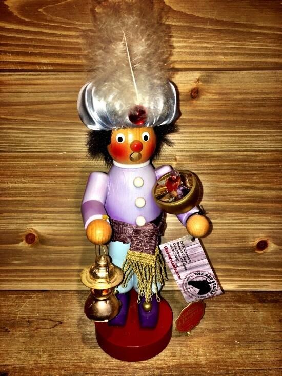 Aladdin with Lamp Smoker