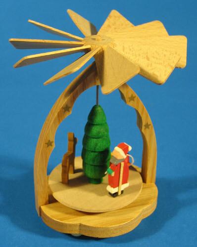 Santa & Reindeer Mini Pyramid