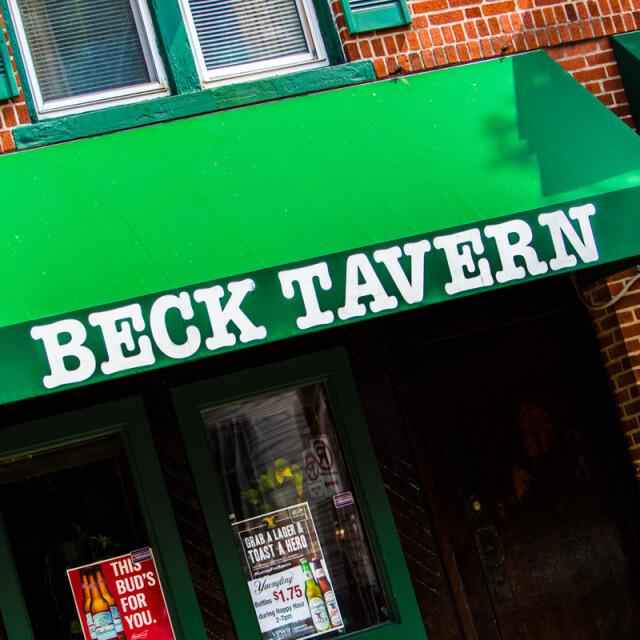 Beck Tavern Green Coaster