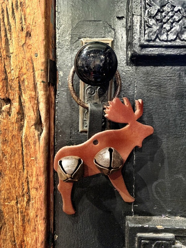 Door Hanger - Moose Rusty