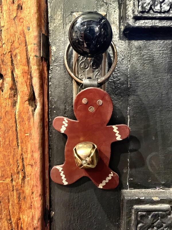 Door Hanger - Gingerbread Man