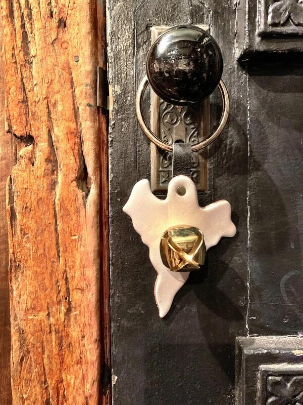 Door Hanger - Ghost