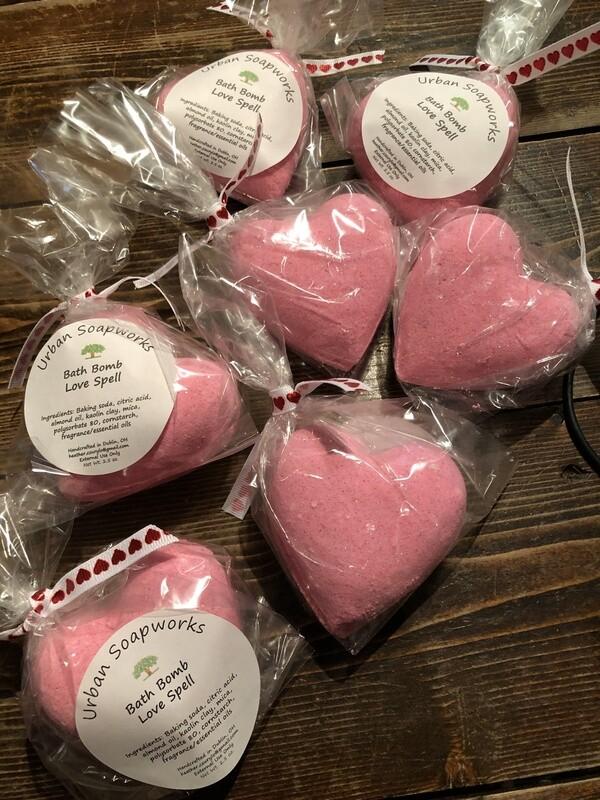 Heart Love Spell Bath Bomb