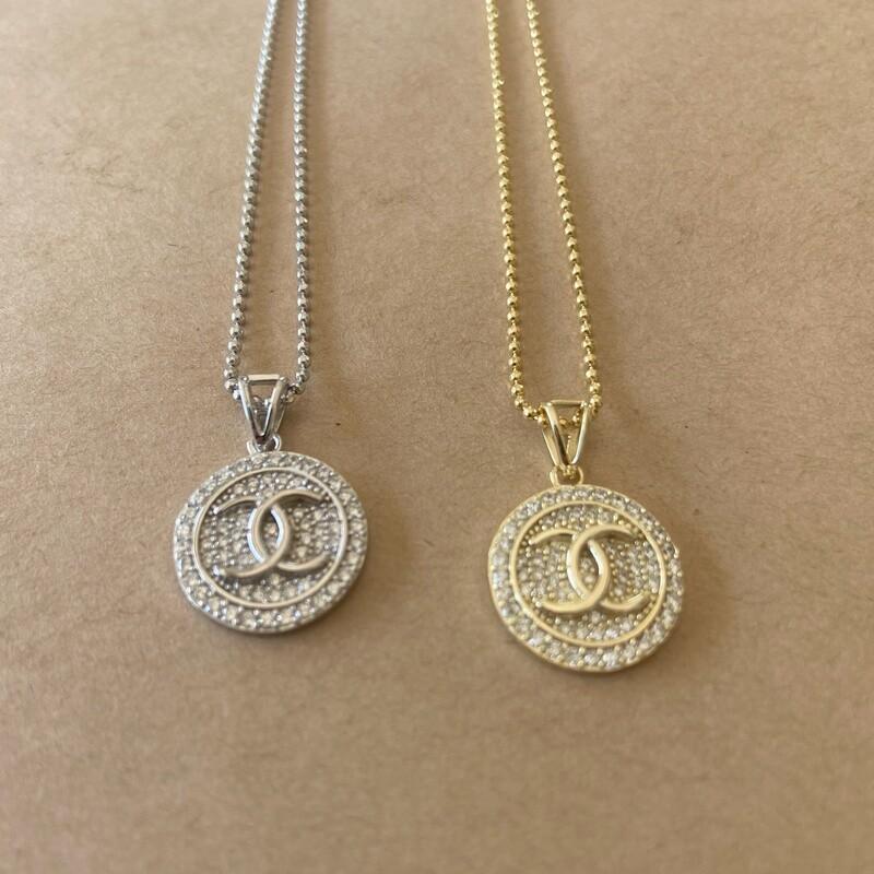Chanel Filled Interlocking Necklace