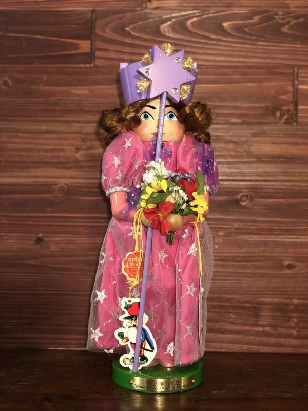 Glinda - The Good Witch Nutcracker