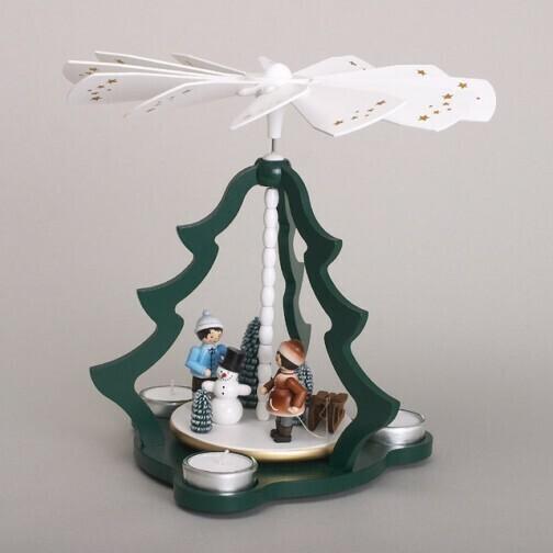 Green Christmas Tree Tealight Pyramid