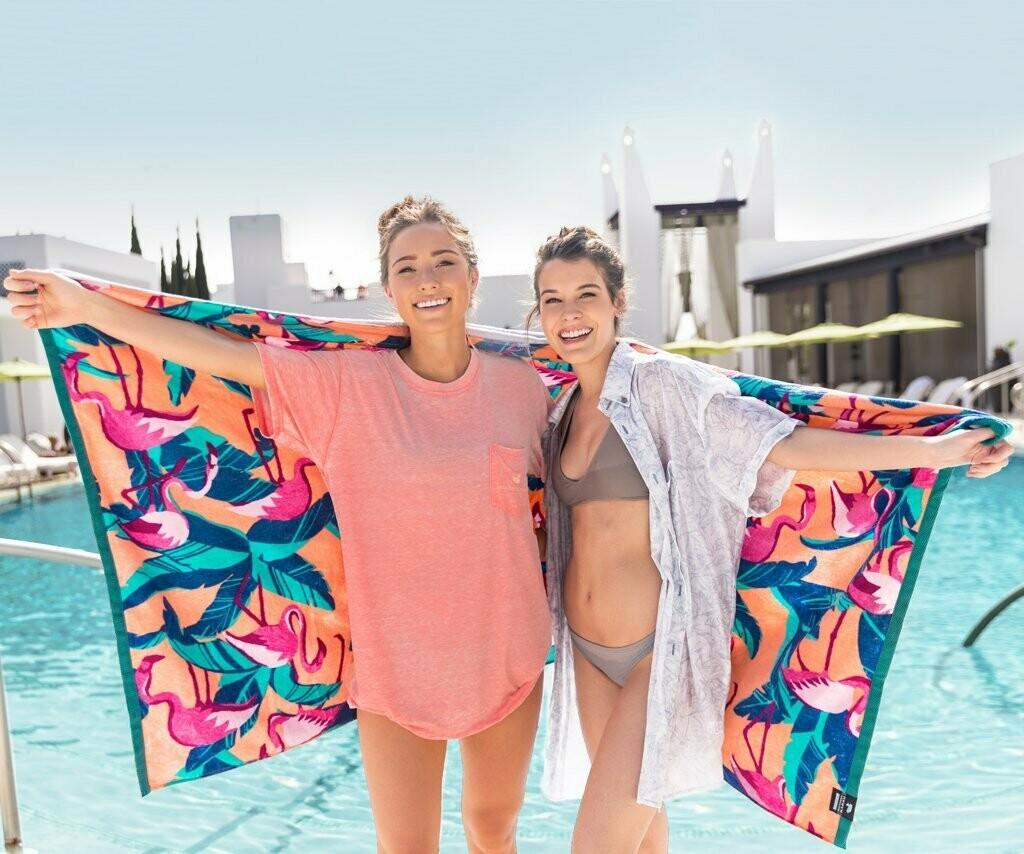 Southern Marsh Beach Towel Flamingos PEACH