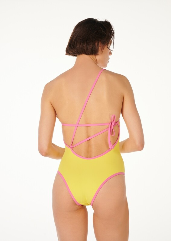 SNATCHED one-shoulder swimsuit