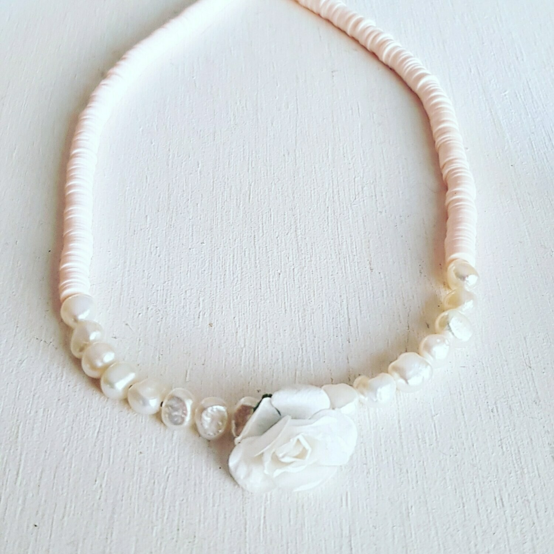 Collar pearl & flower