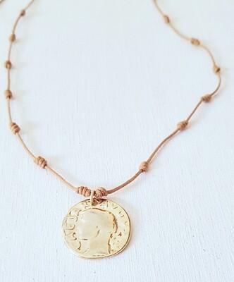 Collar Mytenida moneda