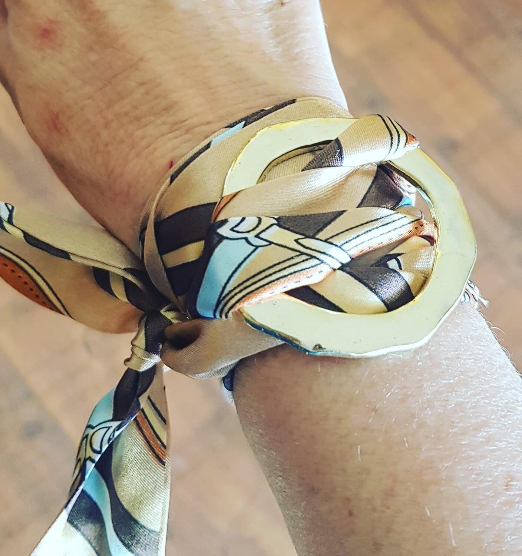 pulsera Silk & gold burberry