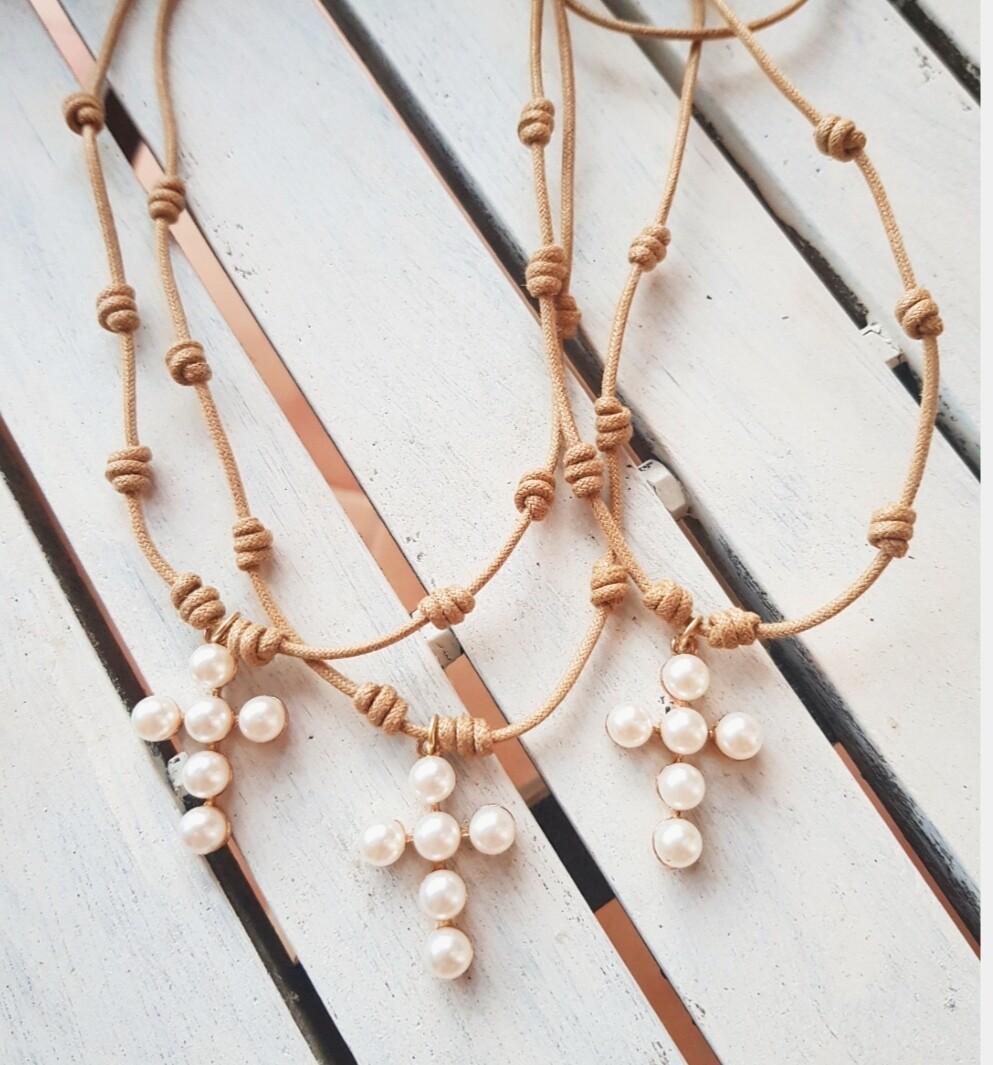 Collar Cruz perlas