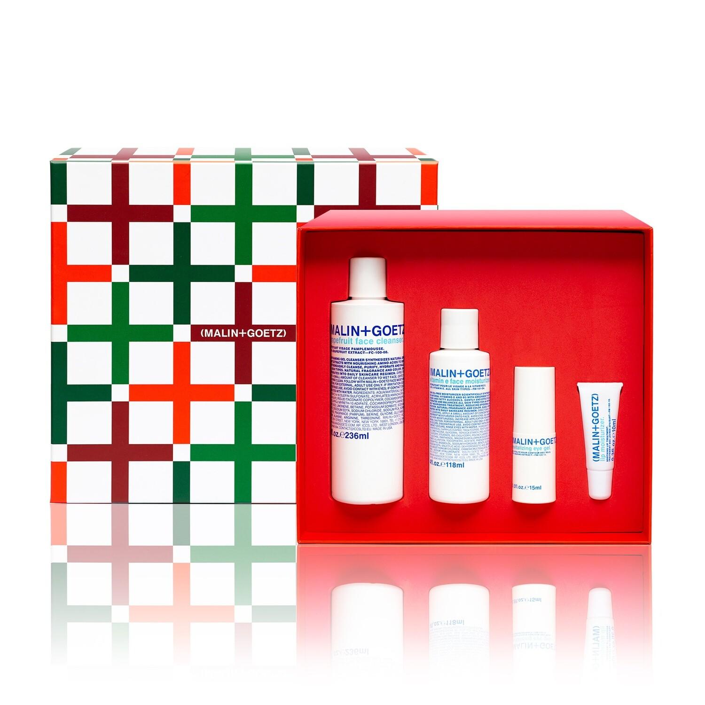 Набор skincare essentials set