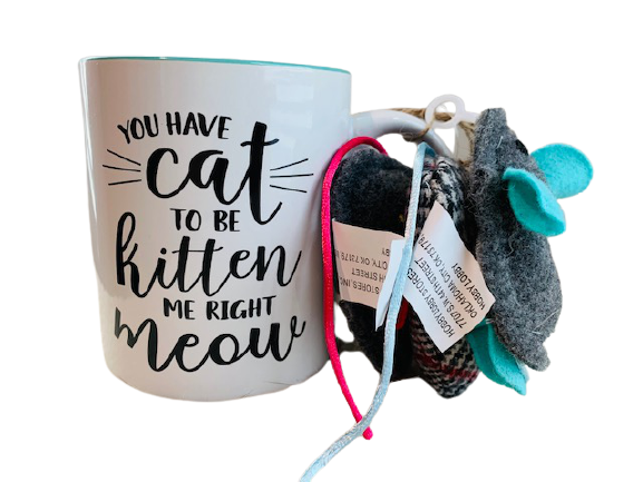 Mug Set with 3 Cat Toys