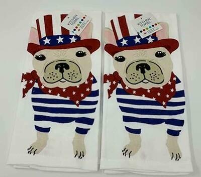 Set of 2 Kitchen Towels: Patriotic Dog