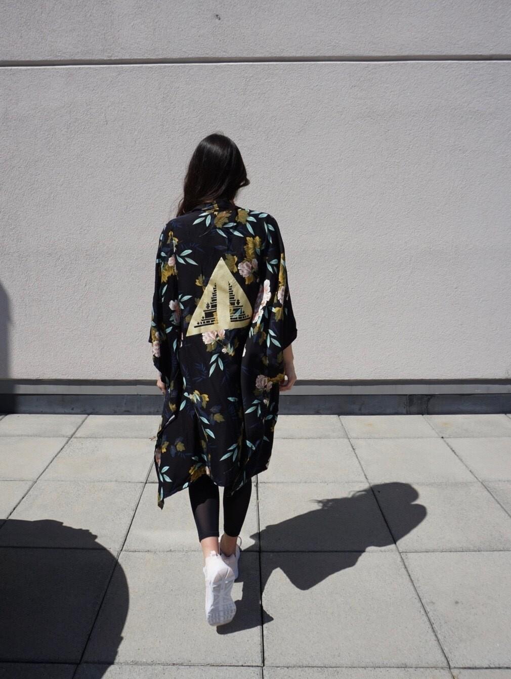 Dark Floral Kimono