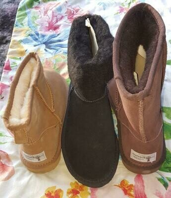 PRE-WINTER SPECIAL $35.99 UGG BOOTS Australian sheep wool lining, leather upper, rubber soles -in Fawn, Brown & Black.