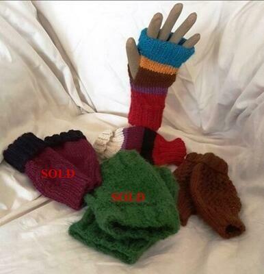 Australian Alpaca Mittens, fingerless open end.  Aussie designer knits. Normally priced at AU$29.95