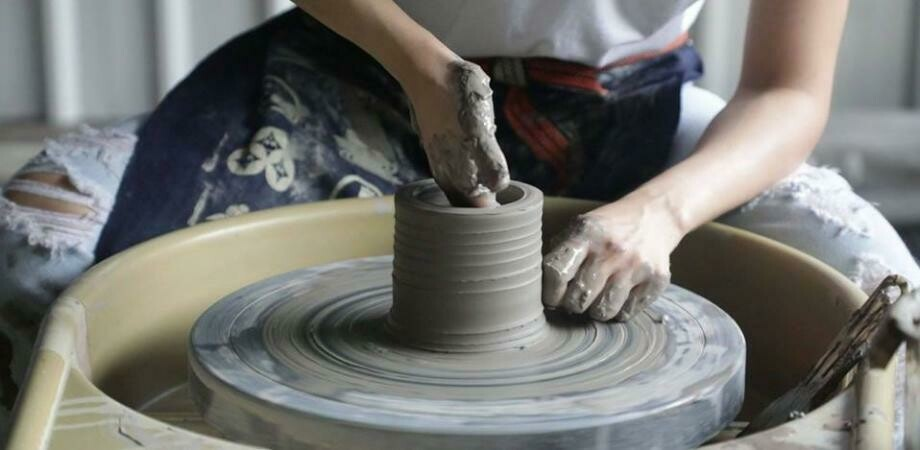 Intro to Pottery Wheel - 13th May 6-8pm