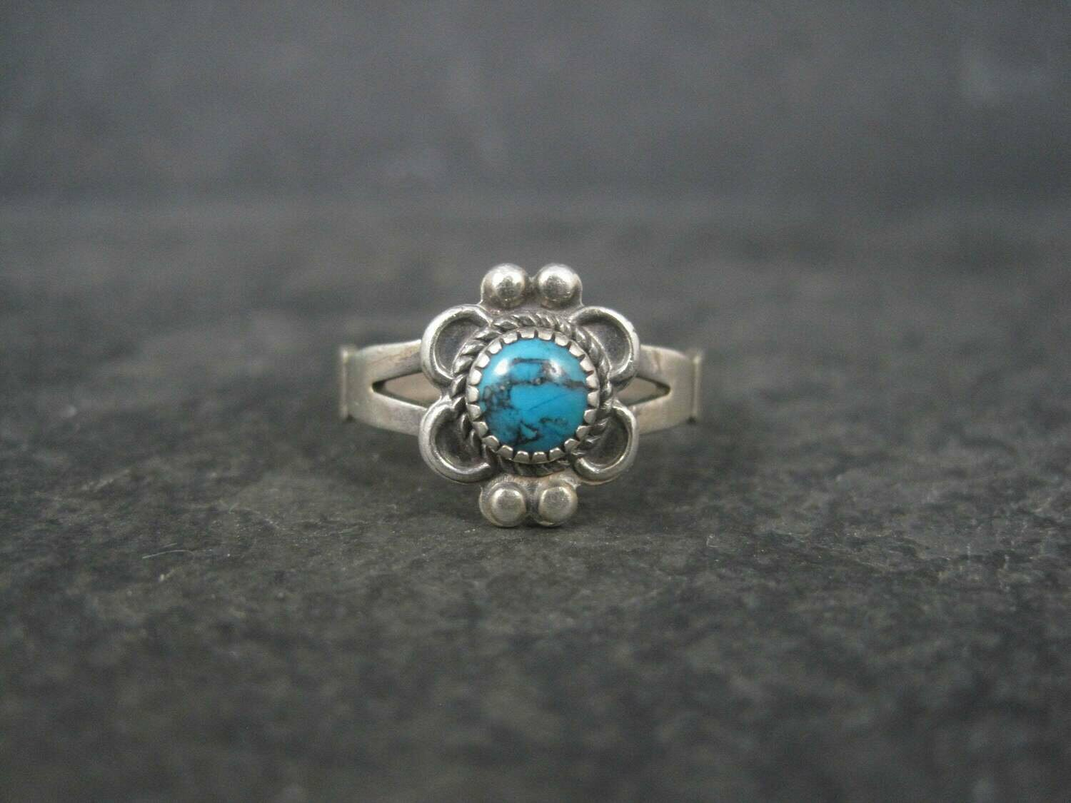 Dainty Vintage Southwestern Sterling Turquoise Ring Size 6.5