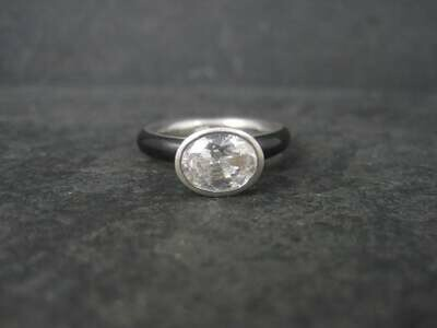 Chunky Vintage Sterling Black Enamel Cz Solitaire Ring Size 7
