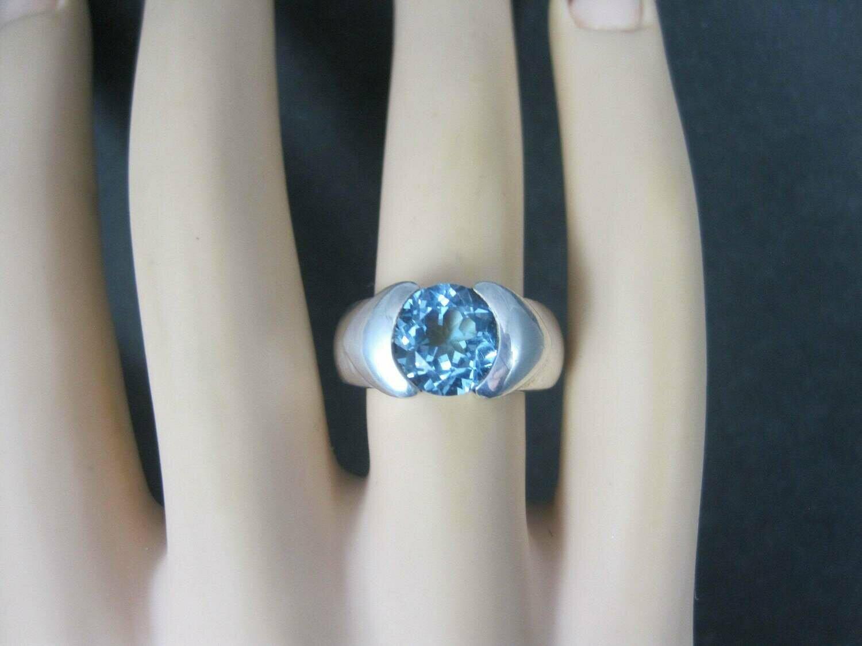 Vintage .999 Silver Blue Topaz Ring Size 6