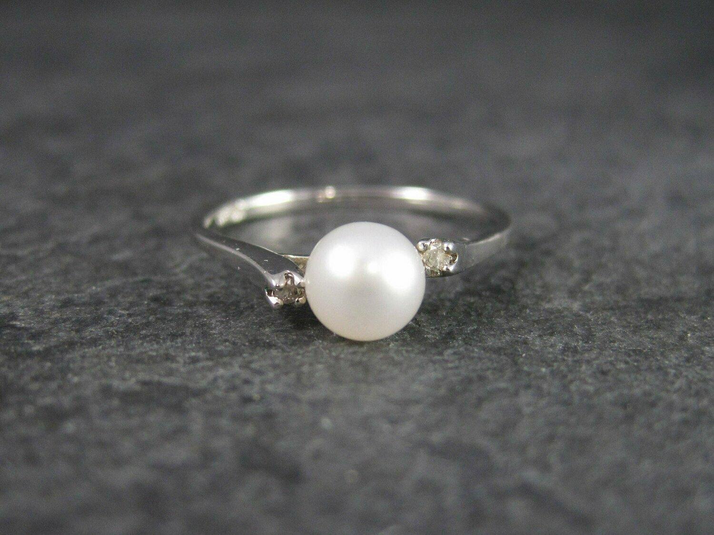 Vintage 14K White Gold Pearl Diamond Ring Size 7.25 Richard Trujillo