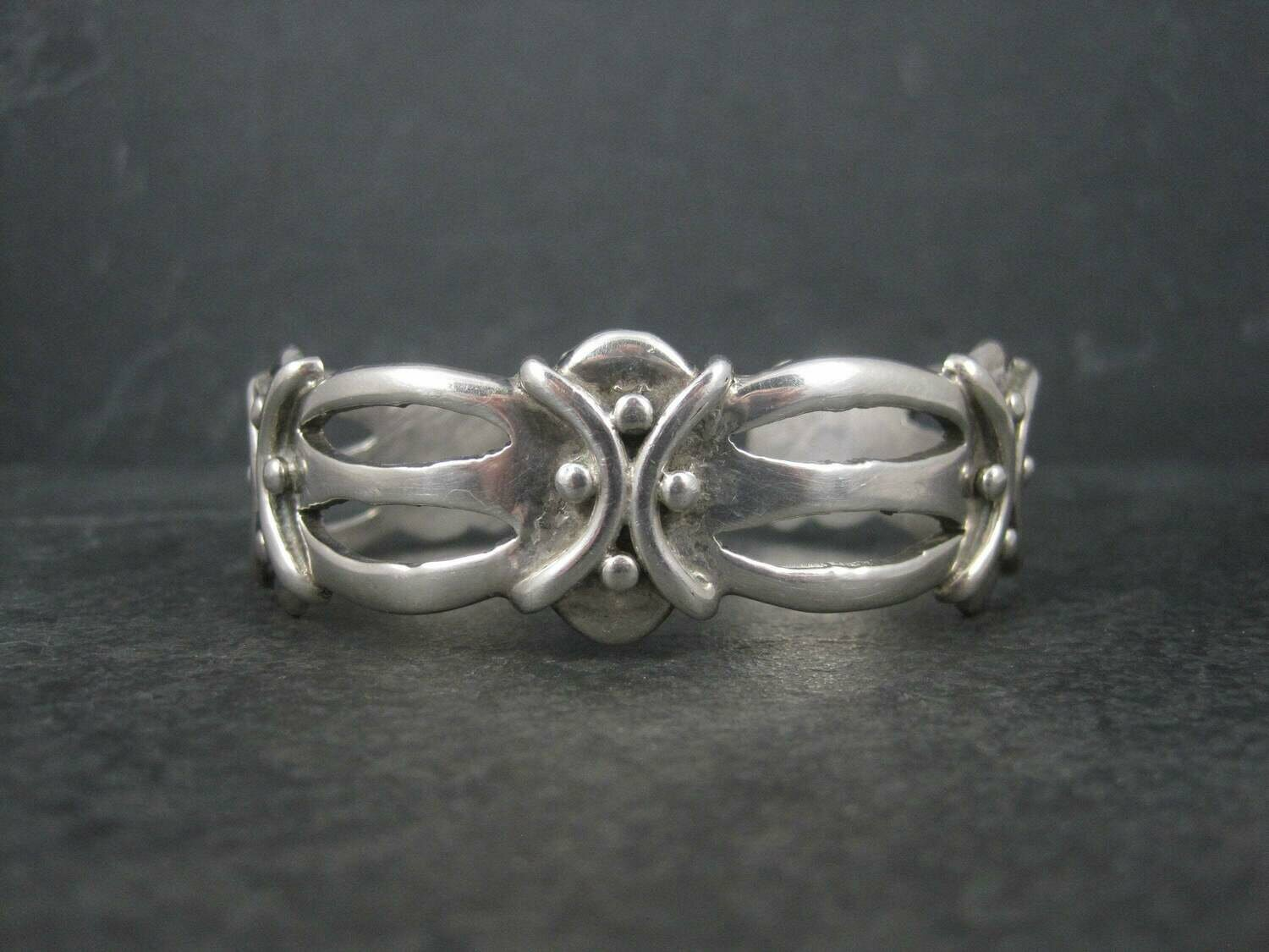 Vintage Mexican 980 Sterling Silver Cuff Bracelet 6.5 Inches