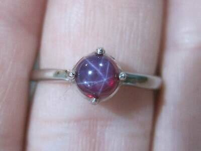 Vintage 10K Linde Star Ruby Ring Size 6.25 New Old Stock
