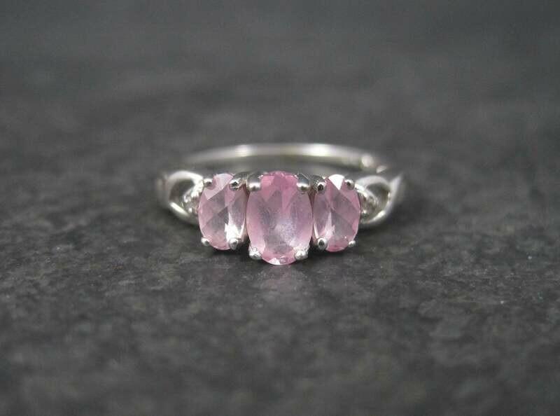 Dainty Vintage 10K Pink Topaz Ring Size 7