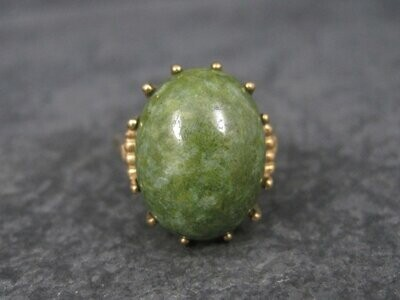 Vintage 10K Yellow Gold Nephrite Jade Ring Size 6