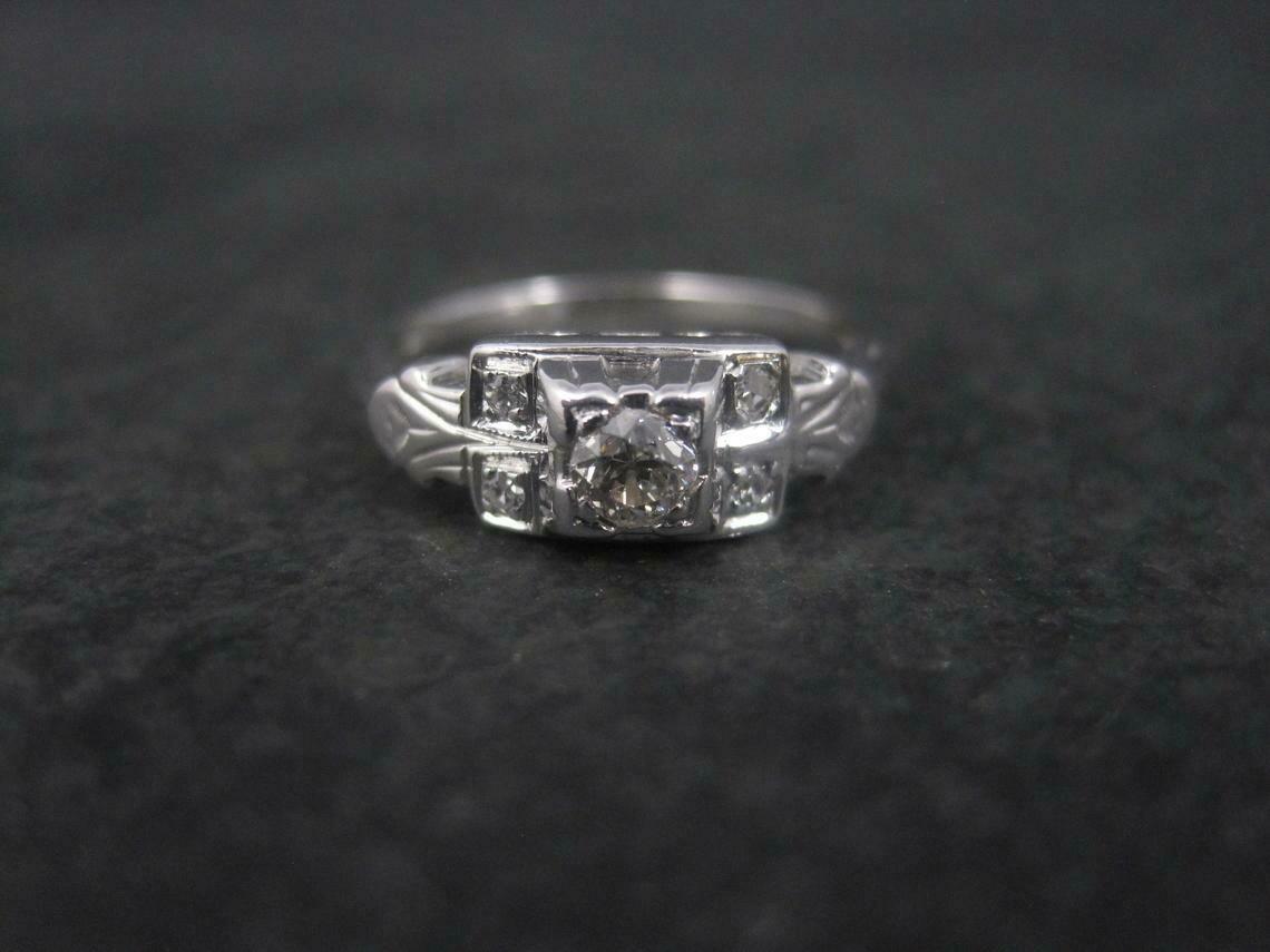 Art Deco 10K .20 Carat Diamond Ring Size 6.5