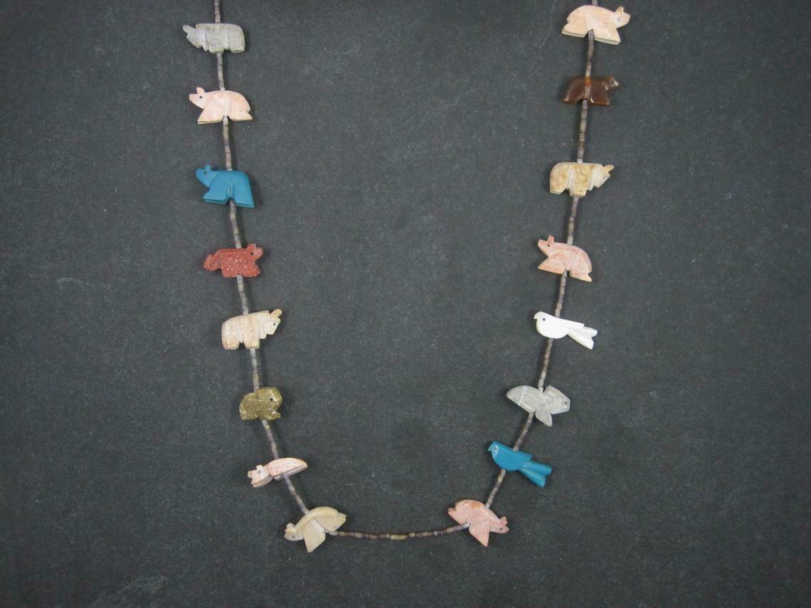 Estate Native American Navajo Heishi Carved Animal Fetish Necklace