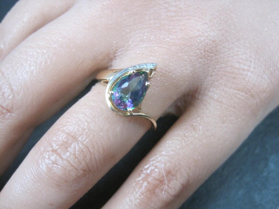 Estate 10K Pear Cut Mystic Topaz Ring Size 6