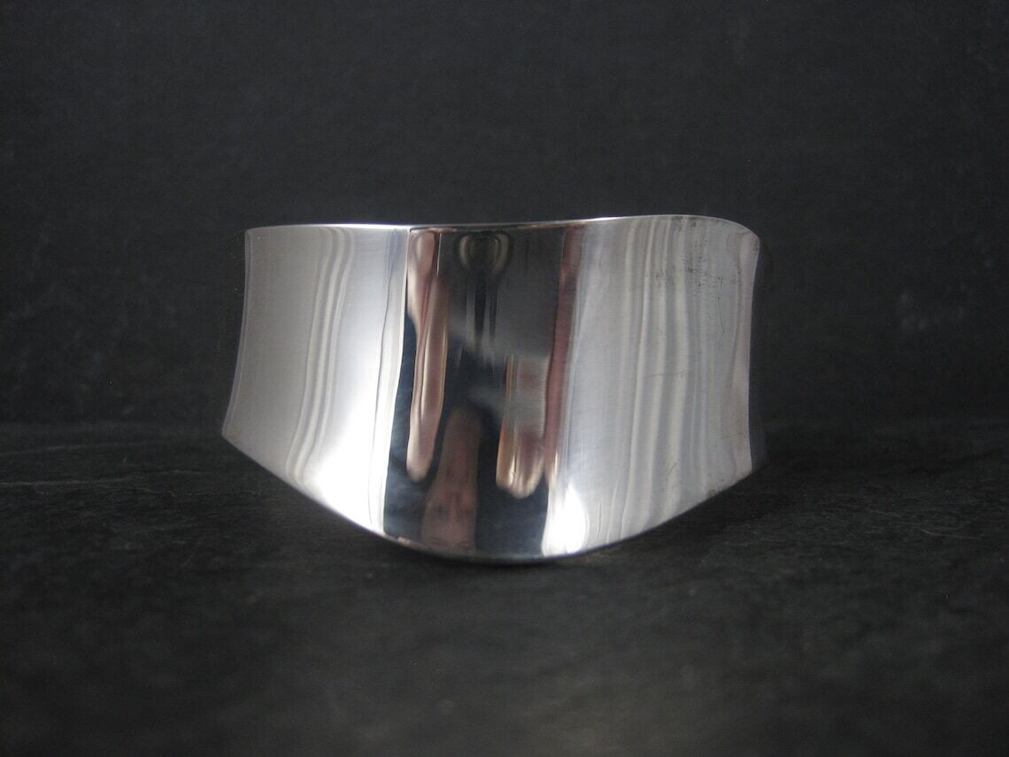 Estate Sterling Wavy Cuff Bracelet 6.25 Inches