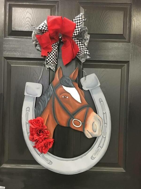Horseshoe w/ Realistic Horse