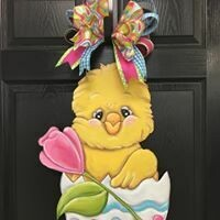 Easter Chickie in Egg with Tulip