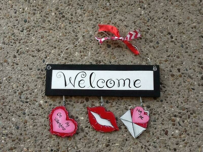 Welcome Board Valentine's Day Set Only