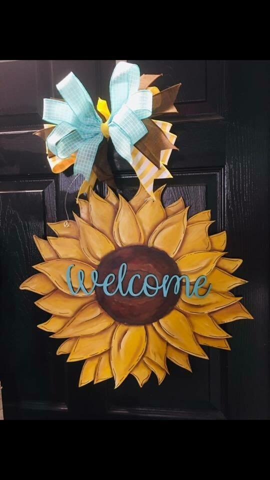 DIY Sunflower Door Hanger Cutout